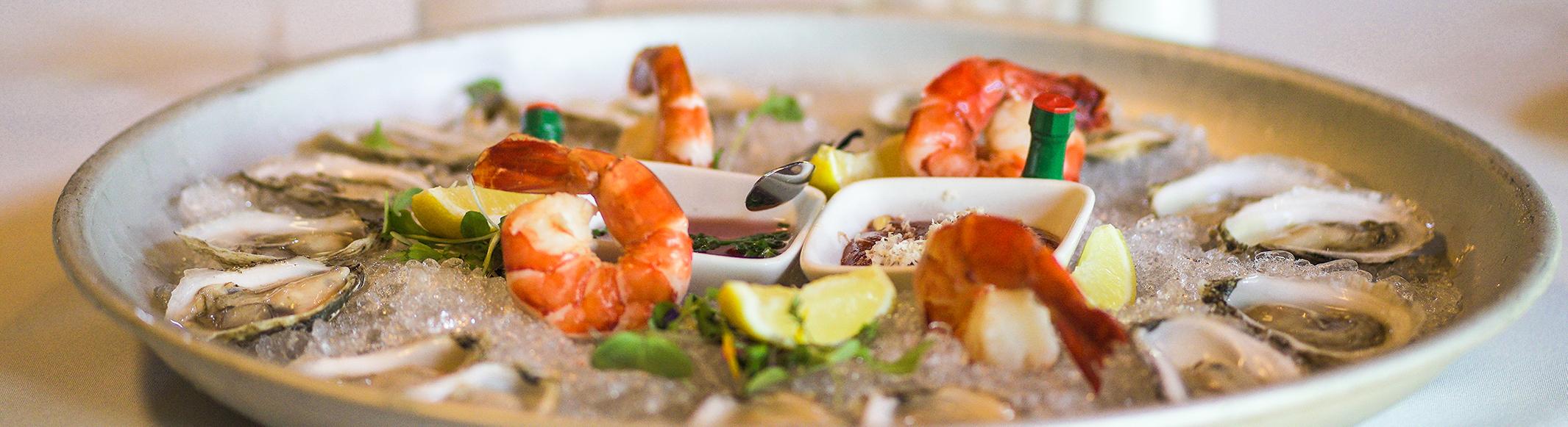 menus-oysters-La Forge-Mont-Tremblant-Wines-Bubbles